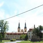 Widok na welehradzką bazylikę